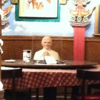 Photo taken at Buca di Beppo Italian Restaurant by Teresa L. on 1/13/2013