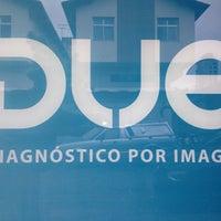 Photo taken at DUE Diagnóstico Veterinário by Anderson P. on 11/10/2012