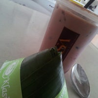 Photo taken at Recezz Foodcourt by chin c. on 10/23/2012