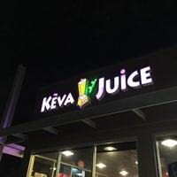 Photo taken at Keva Juice by Eduardo A P. on 11/3/2014
