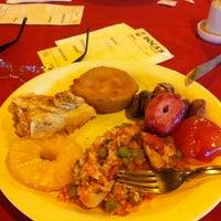 Foto tirada no(a) Doca's Restaurante por Carla S. em 2/18/2013
