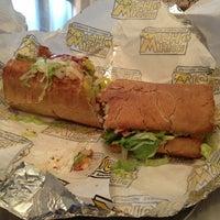 3/26/2013にtanisha h.がWhich Wich? Superior Sandwichesで撮った写真