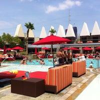 Photo taken at Palms Pool & Dayclub by Jan G. on 7/4/2013