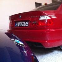 """Photo taken at GNL Garage - """"Lux Car Washing"""" by Görkem D. on 9/22/2013"""