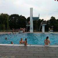 Das Foto wurde bei SchwimmPark Bellheim von K O. am 7/23/2013 aufgenommen