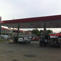Photo taken at Caltex by Dan R. on 5/3/2013