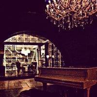 4/20/2013 tarihinde Levent Ö.ziyaretçi tarafından No4 Restaurant • Bar • Lounge'de çekilen fotoğraf