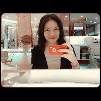 Photo taken at Fazio Beauty By Kleo Salon by Jennifer L. on 11/26/2012