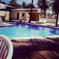 Foto tirada no(a) Barra de Santo Antônio por Fellipe D. em 3/23/2014