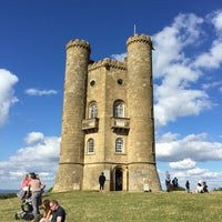 Photo taken at Broadway Tower by Priscila M. on 8/29/2016