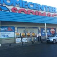 Photo taken at Homecenter Sodimac by Veronica F. on 5/17/2013