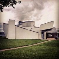Photo prise au Vitra Design Museum par Daniel E. le5/20/2013