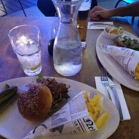 Photo taken at Fat Mama Eatery by Leilaa K. on 8/4/2017