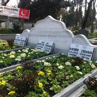 รูปภาพถ่ายที่ Erbakan Ailesi Kabristanlığı โดย Rıdvan K. เมื่อ 3/3/2013