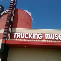5/23/2013에 Helen R.님이 Iowa 80 Trucking Museum에서 찍은 사진