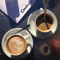 Das Foto wurde bei Café Central von Stephie am 11/2/2015 aufgenommen