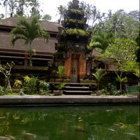 Photo taken at Pura Tirta Empul (Tirta Empul Temple) by Nurez Z. on 2/7/2013