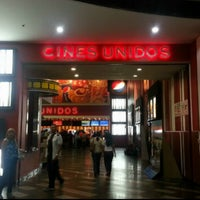 Photo taken at Cines Unidos by Felix Azael on 7/31/2013