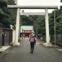 Photo taken at 諏訪神社 by CYBERWONK on 10/14/2017