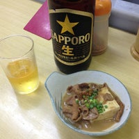 Photo taken at 酒・立ち飲み 喜多屋 by CYBERWONK on 8/5/2013