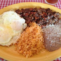 Photo taken at Roberta's Cocina Mexicana by Brian M. on 4/14/2013