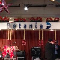 Photo taken at Comunidad Cristiana Betania by Victor Hugo L. on 1/1/2013