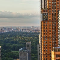 Photo taken at Sheraton New York Times Square Hotel by Benji G. on 7/16/2014