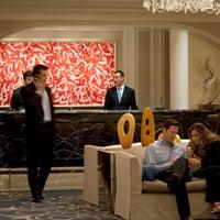Photo taken at Four Seasons Hotel Chicago by Benji G. on 7/14/2014
