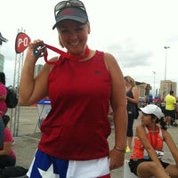 Photo taken at San Antonio Rock N Roll Marathon by Joanne A. on 11/11/2012