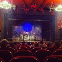 4/8/2013 tarihinde Ирина Ш.ziyaretçi tarafından Театр киноактера'de çekilen fotoğraf