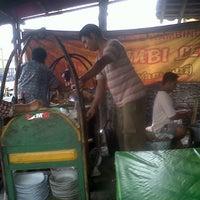 Photo taken at Sate Kambing Pak Syamsuri by Fabianus R. on 6/7/2013