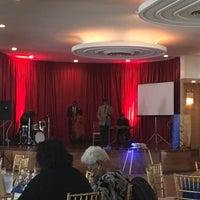 Foto scattata a Parkway Ballroom da Djuana S. il 5/21/2017