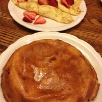 Photo taken at Walker Bros The Original Pancake House by Lucy T. on 6/6/2013