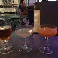 Foto tirada no(a) Bar Virage por Naomi L. em 10/15/2017