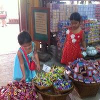 Photo taken at Talard Kong Khong by Ratti K. on 2/16/2013