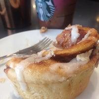 Foto tirada no(a) Starbucks por ong a. em 3/11/2018