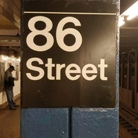 Photo taken at MTA Subway - 86th St (B/C) by Gordon C. on 9/14/2017