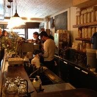 Снимок сделан в Variety Coffee Roasters пользователем Rose T. 10/7/2012