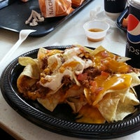 Photo taken at Taco Bell by عدنان ش. on 6/27/2013