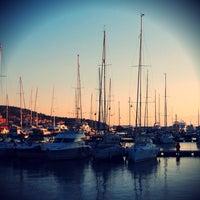 5/22/2013 tarihinde Meltem Y.ziyaretçi tarafından Çeşme Marina'de çekilen fotoğraf