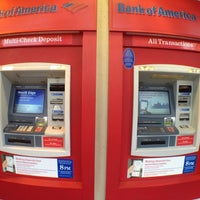 Photo taken at Bank of America by goEastLos on 9/28/2012