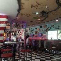 Das Foto wurde bei American Diner (LE Kickerhall) von Uwe W. am 8/23/2015 aufgenommen