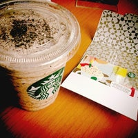 Foto diambil di Starbucks oleh Vincentia M. Stella A. pada 5/31/2013