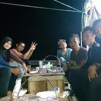 Photo taken at Pusat Durian Tepian Sungai Mahakam by Irwansyah P. on 5/8/2014