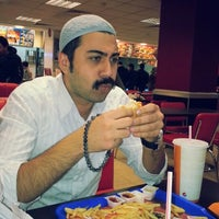 Photo taken at Burger King by Kasım A. on 1/20/2013