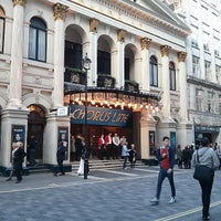 Foto scattata a The London Palladium da Jedihomer T. il 5/13/2013