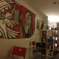 Foto tomada en Alberguinn Barcelona Hostel por Lesya el 7/3/2013