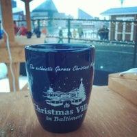 Das Foto wurde bei Christmas Village in Baltimore von Vivian am 12/14/2013 aufgenommen