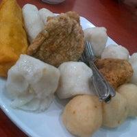 Photo taken at Pempek & Es Kacang Vico by Arief A. on 12/18/2012