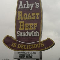 Photo taken at Arby's by Alyssa A. on 3/2/2013